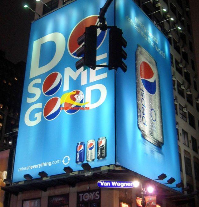 Sức mạnh của pano quảng cáo trong việc kết nối người tiêu dùng