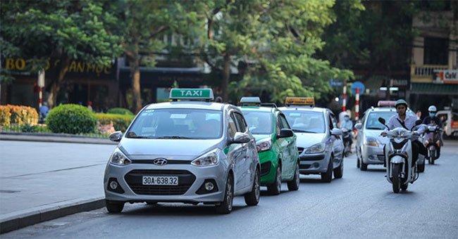 Vì sao quảng cáo xe bus, quảng cáo xe taxi ngày càng thu hút doanh nghiệp